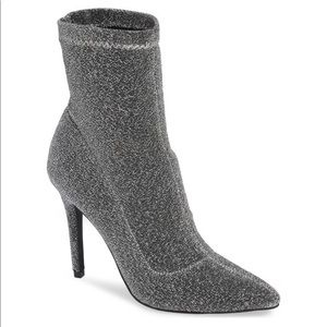 💥NEW IN BOX CHARLES DAVID stretch Boot